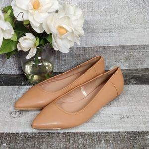 Lane Bryant nude pointed toe ballet flats 11W